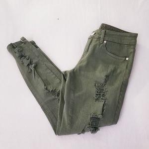 NWOT V.I.P distressed olive green skinny jeans